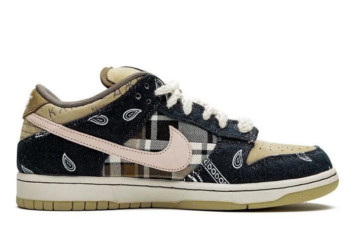 "Travis Scott x Nike SB Dunk Low ""Cactus Jack"" 
