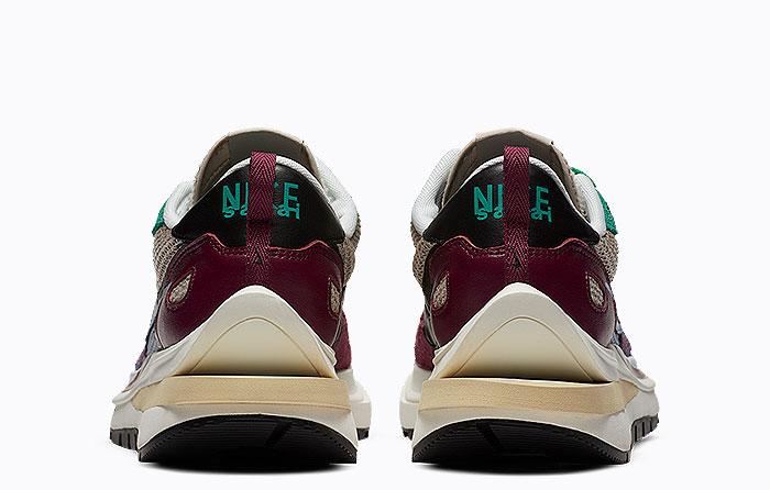 Sacai X Nike Vaporwaffle Villain Red Neptune Green | DD3035-200